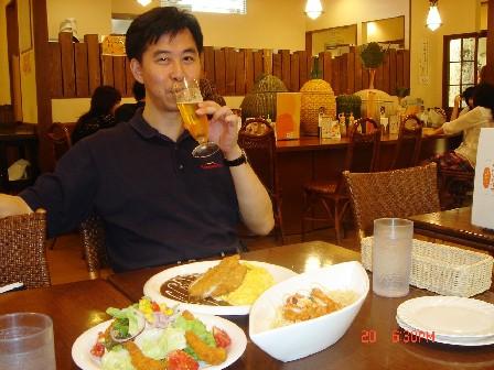 晚餐就在地下街吃,就在飯店下面,很方便