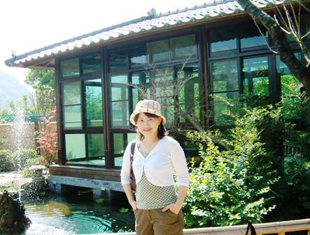 茶亭水池邊