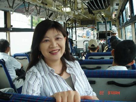 坐巴士到札幌近郊的定山溪溫泉