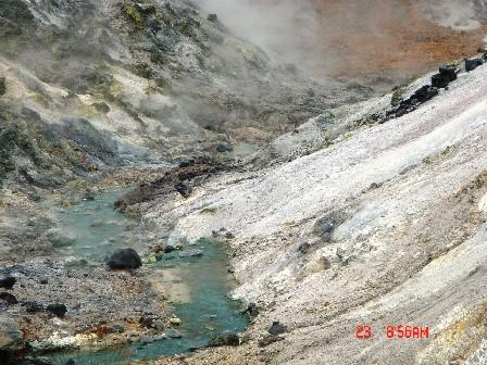 強強滾的溫泉溪