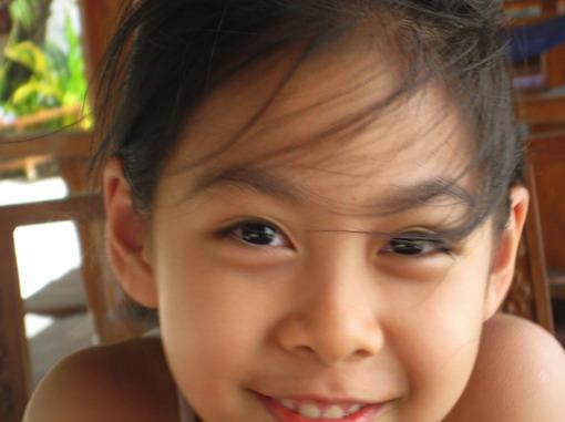 孩子的開懷笑容,無價。