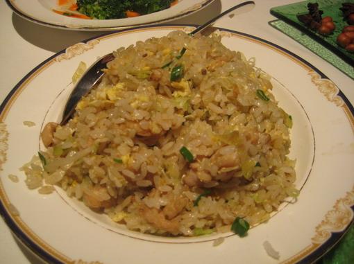 這個「鹹魚雞粒炒飯」是菲家每年必點好飯~