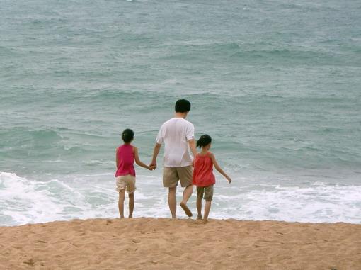 有研究說,爸爸帶小孩,會擦出媽媽擦不出的火花