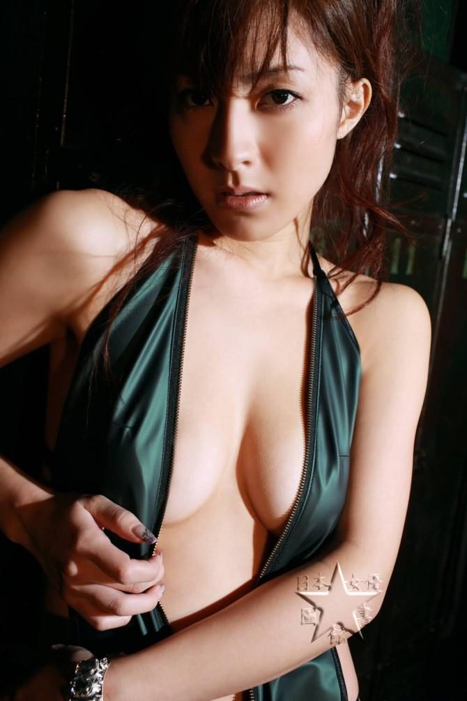 川村里佳01.jpg