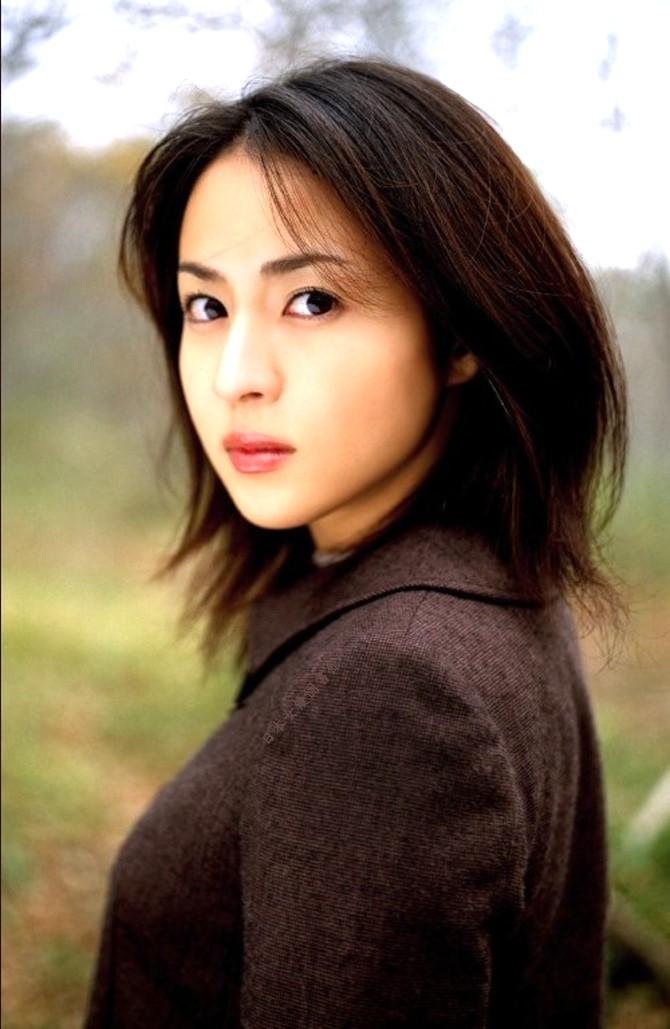 Akiko Kinouchi07.jpg