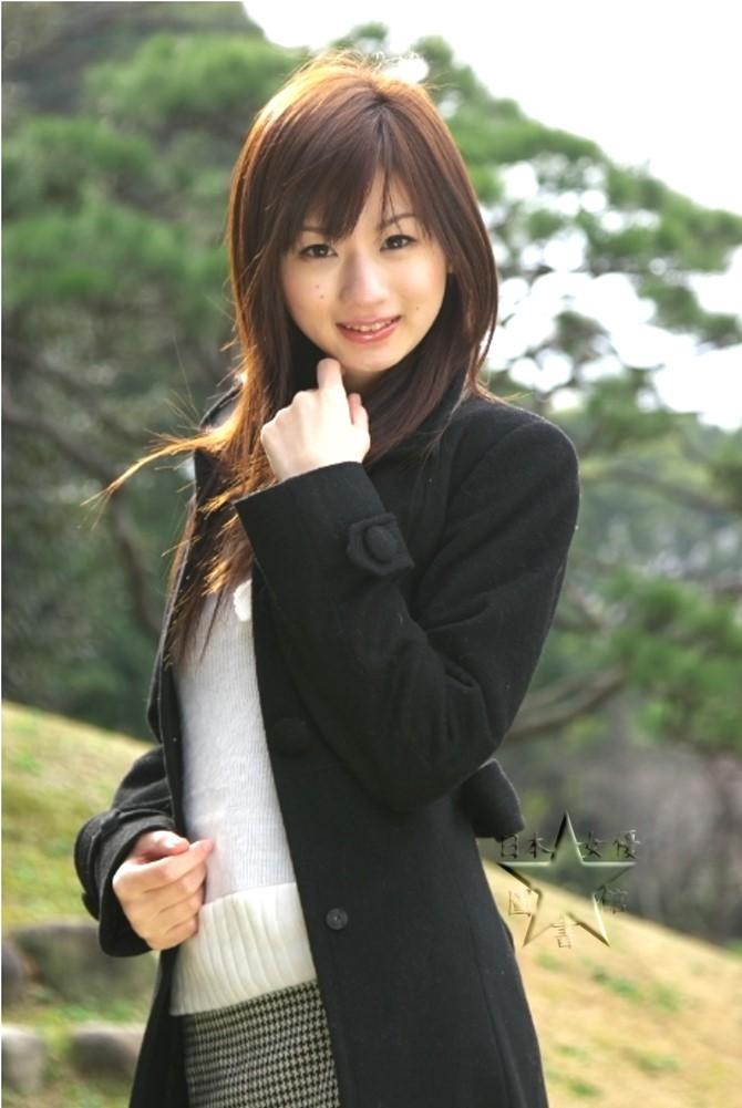 堀井沙織04.jpg