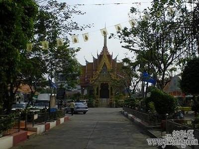 泰國鬼妻廟1.jpg