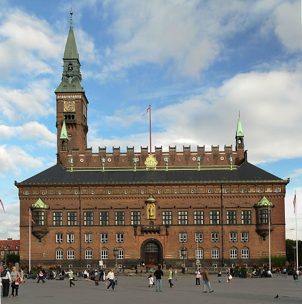 Copenhagen_City_Hall.jpg