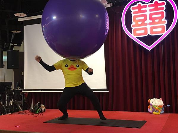 0102屏東喜宴主持+魔術汽球表演+人入大氣球表演+Kitty人偶出租 (1).jpg