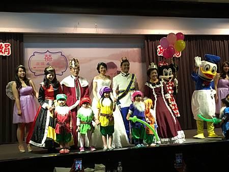 0218高雄國賓婚禮小丑魔術汽球表演 (13).JPG