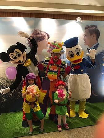 0218高雄國賓婚禮小丑魔術汽球表演 (15).JPG