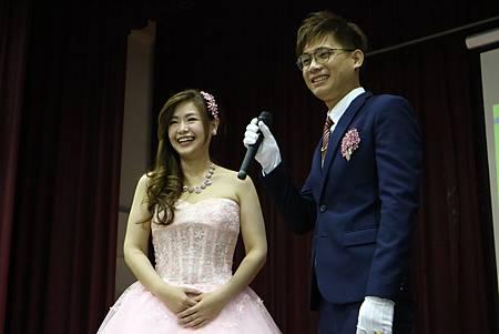 0529高雄仁武活動中心婚禮主持+魔術表演+米奇汽球佈置 (22).JPG