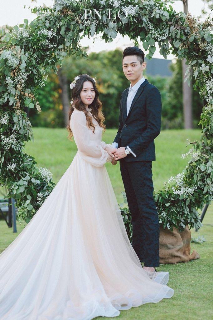 美式戶外婚禮 | 美式輕婚紗 | 新人實穿 | 八田伴伴 手作禮服婚物所