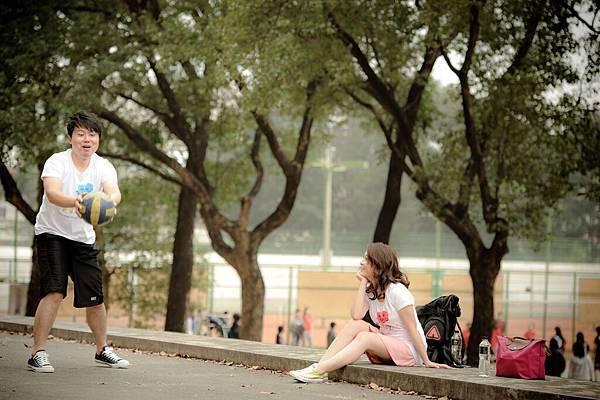 【自助婚紗】【婚紗攝影】【推薦】【作品集】【台北】【高雄】攝影:MAC 新人:正雄+佩君 校園清純便服