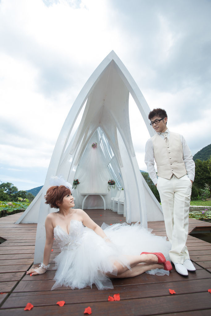 自助婚紗/婚紗照/婚紗攝影-感謝新人推薦-鄒健會+沈嘉茹