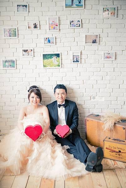 【台北婚紗攝影】感謝[芸&濤]推薦(陽光攝影棚)