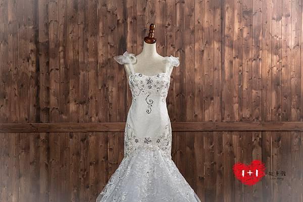 手工婚紗推薦:性感輕盈禮服