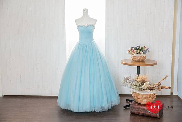 手工婚紗出租:完美婚嫁晚禮服