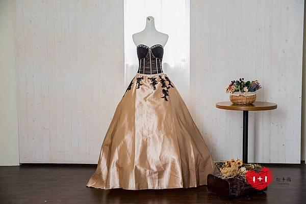 手工婚紗出租:蘭花高貴晚禮服