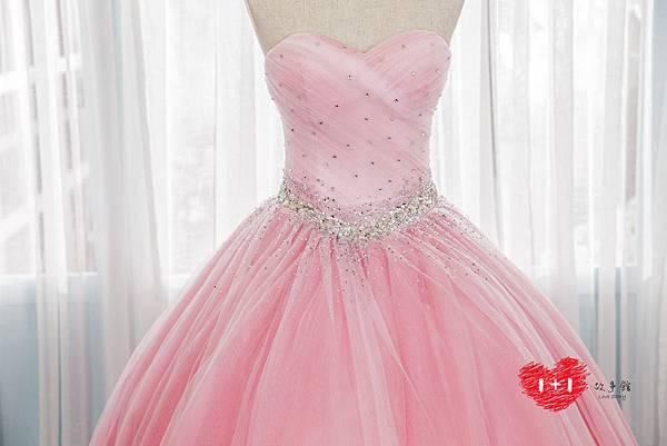 手工婚紗出租:雙面心機晚禮服