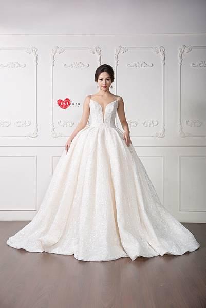 手工訂製禮服,手工訂製婚紗,禮服出租,手工婚紗,手工婚紗推薦,婚紗訂製,禮服訂製 (1).jpg