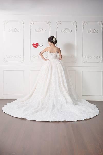 手工訂製禮服,手工訂製婚紗,禮服出租,手工婚紗,手工婚紗推薦,婚紗訂製,禮服訂製 (9).jpg