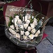 [AC015] 深夜獨想__33朵白玫瑰花束$1999.jpg