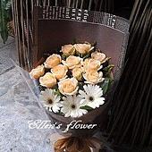 [AC022] 濃情咖啡香_ 12朵香檳玫瑰花束$1299.jpg