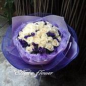 [AC023] 波光魅影_ 33朵白玫瑰花束$1999.jpg