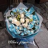 [AC046] 碧海藍天_33朵藍白玫瑰花束$2290.jpg