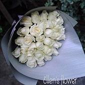[AE010] 慶幸有你 __33朵白玫瑰花束$1850.jpg