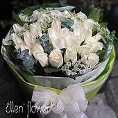 [AE046] 雪之戀_33朵白玫瑰花束$1999.jpg