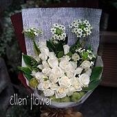 [AE074]滿天星光 __30朵白玫瑰花束$2199.jpg