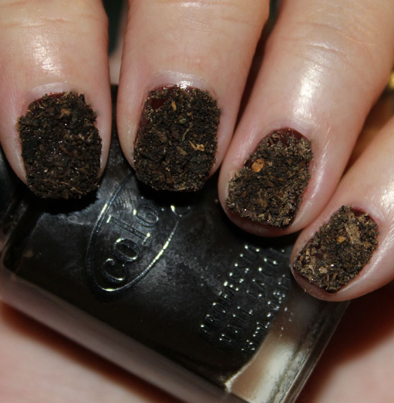 Potting-Soil-Nails