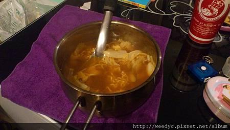 愛人親手煮的韓國泡麵