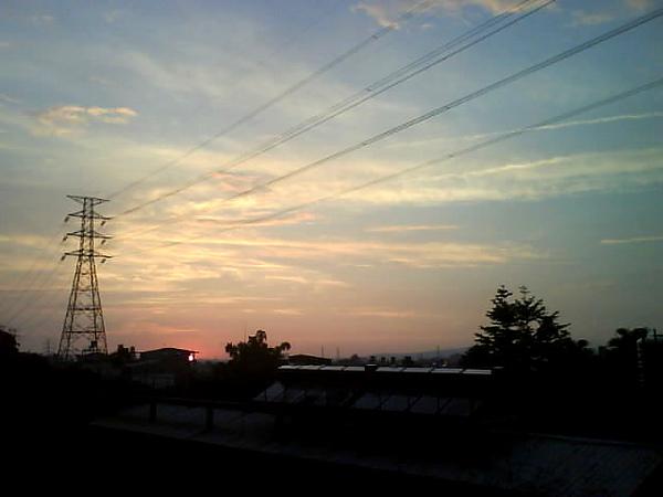 朝陽科技大學前的風景