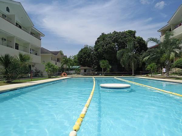 Wego EnglishFella2 泳池