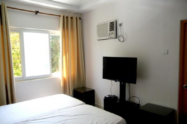 Double Room (8).jpg