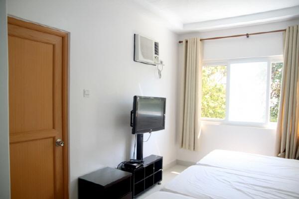 Triple Room Type  (9).jpg