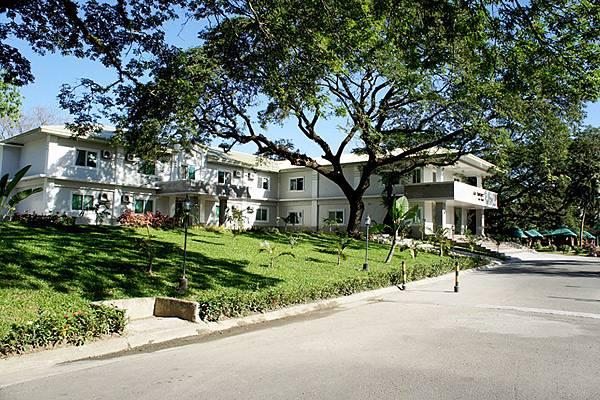 菲律賓克拉克-GS語言學校-宿舍外觀1.jpg