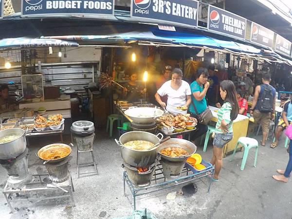菲律賓宿霧路邊炸香蕉.jpg