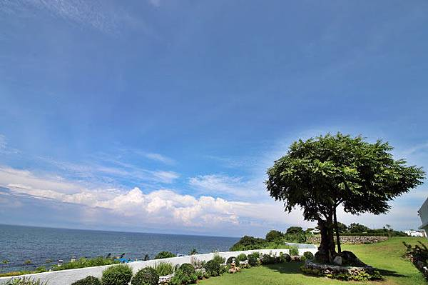 Thunderbird Resorts Poro Point.JPG