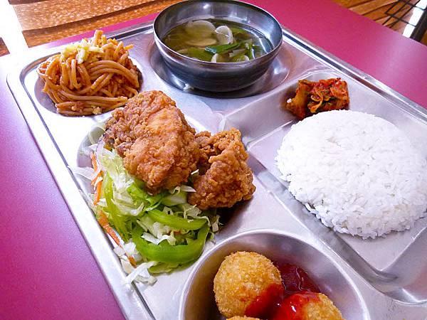 菲律賓語言學校-宿霧CIA-餐點-7.jpg
