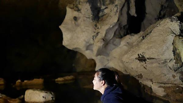 蘇馬晶洞 Sumaguing Caves  龍眠洞 Lumiang Caves 洞穴通道 Cave connection.JPG