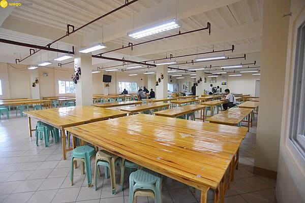 HELP菲律賓碧瑤語言學校LongLong 校內餐廳.jpg