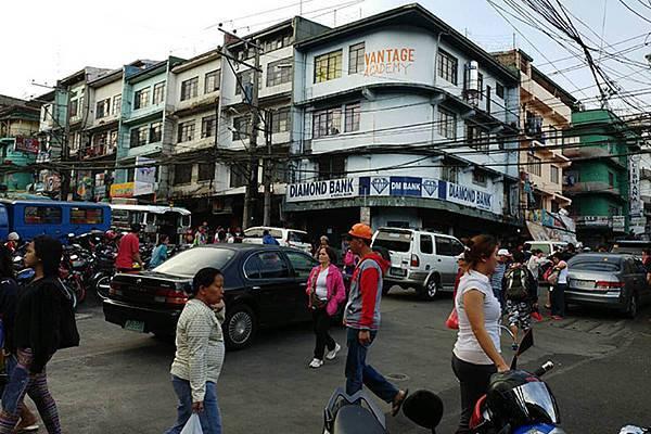 菲律賓遊學缺點-街頭髒亂.jpg