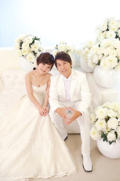 小雲結婚白紗.jpg