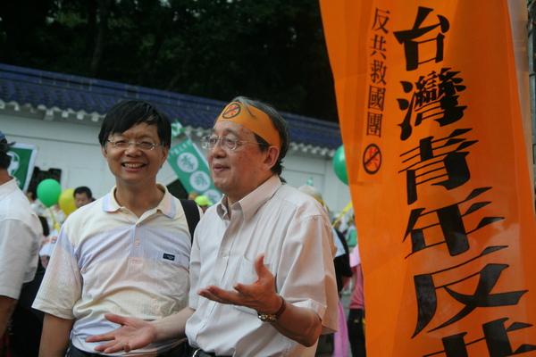 林保華(右)與莊國榮(左).JPG