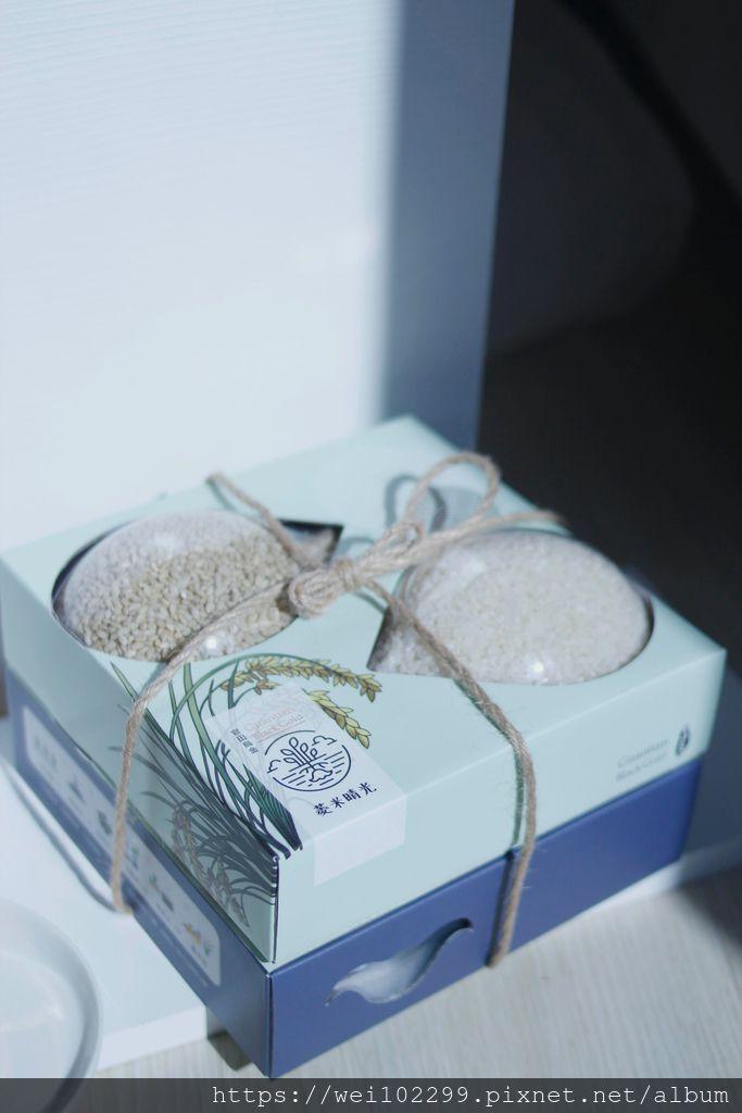 朋友搬新家該送什麼最實用|節慶佳節推薦必送伴手禮禮盒台灣「菱米晴光」禮盒組|吸濕除臭、淨化水質、優質台南菱香米4.jpg