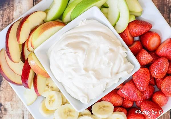 healthy-yogurt-fruit-dip-9720.jpg